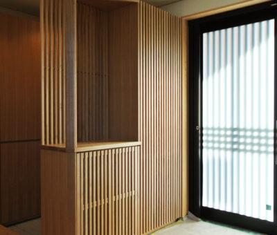 玄関収納/タモ無垢材+突板 201310