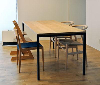 オーダーアイアン脚テーブル / タモ無垢材
