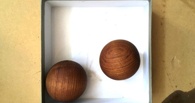 チークの球体