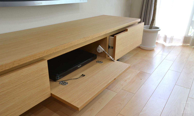 オーダー家具、オーダーTVボード、アイアン脚、ナラ突板